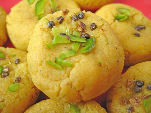 Learn kesar peda recipe from North Indian cuisine with video by Sameer Goyal. A famous dessert can be prepared in a very short time with minimal ingredients