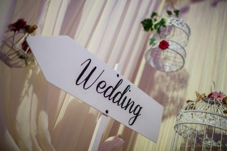 Sageata wedding (Wedding sign)