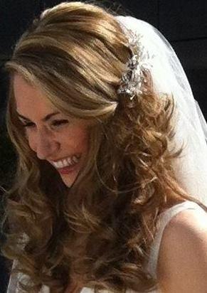 The Bride to be... at www.edinburghbridesweddingguide.com