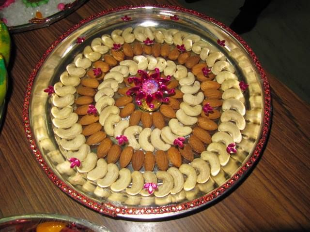 16 best seemantham images on pinterest hindu weddings for Aarti dish decoration
