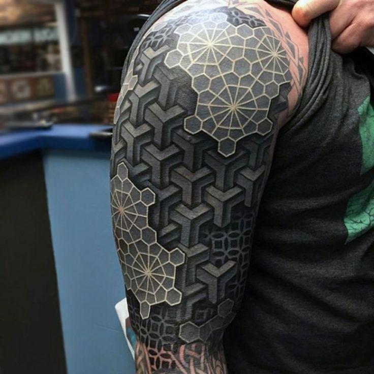 tatuaje en 3D abstracto geometrico