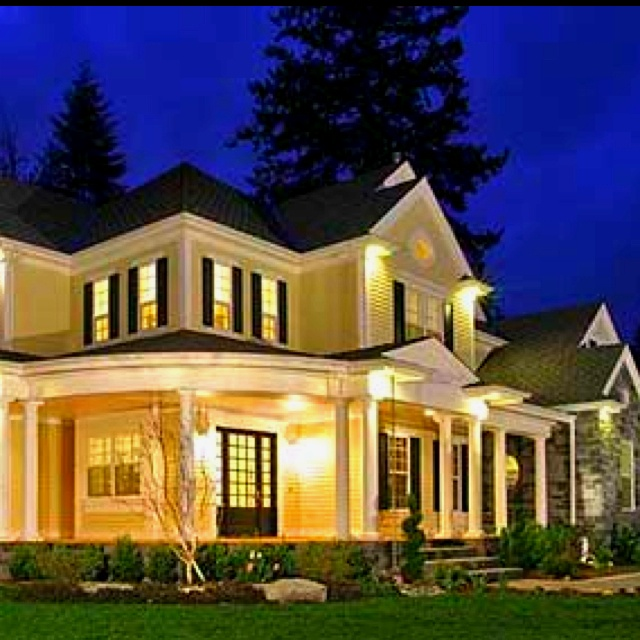 Pin By Nora Mhaouch On Dream Houses: Love A Wrap A Round Porch On A Yellow House :)