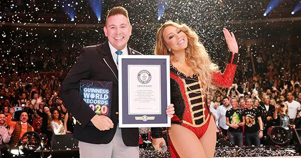 Mariah Carey S All I Want For Christmas Is You Just Made History Again With Three Guinness World Records In 2020 Guinness World Records World Records Guinness World