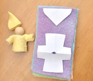 Bambole waldorf di stoffa - waldorf dolls : Tutorial make gnome from wooden peg and felt