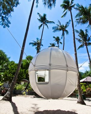 These Cool Pods Suspended in Trees Sleep 2 People. Talk about a Bug Out Location...