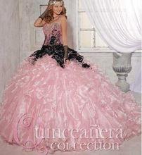 Hoge kwaliteit nieuwste roze black jurken sweet 15 jurk met bloemen kristallen ruches hof trein tiener baljurken(China (Mainland))