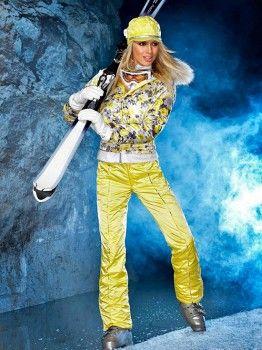 Детские беговые лыжи и одежда