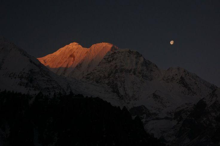 Trekking the Annapurna Circuit, Part 1 - Globesnail #travel #solotravel #solotrip #himalayas #nepal #trekking #annapurna