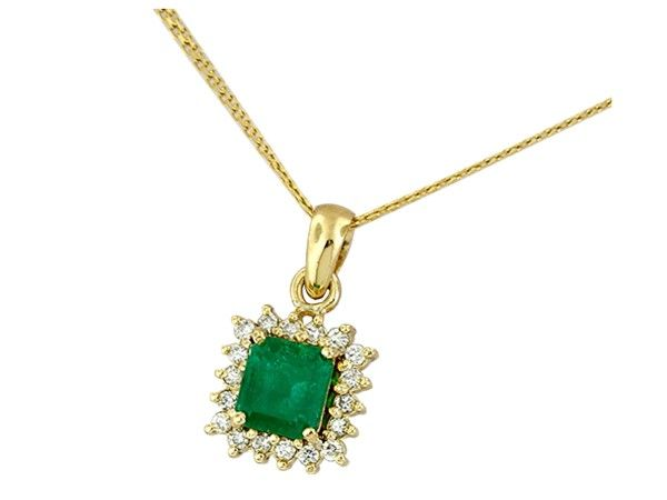 18K yellow gold emerald and diamond pendant necklace with 1.64 Ct. emerald cut genuine natural Colombian emerald and 0.26 Ct. t.w. in 18 round cut diamonds by www.GreenInGold.com #emeralds #pendants #necklaces #colorgems