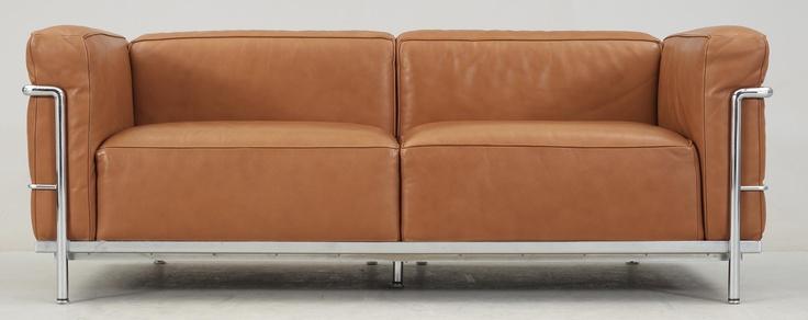 "SOFA, Le Corbusier, ""LC-3 ', marked Cassina. Cognac colored leather."