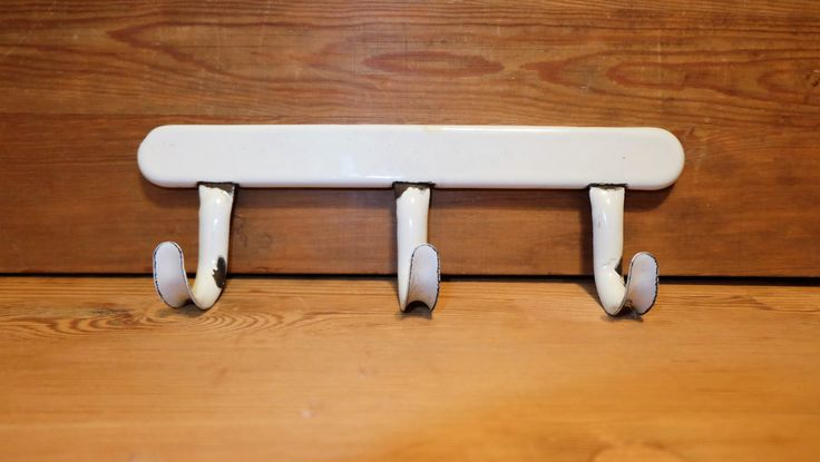 Vintage White Enamel Towel Rack, White Enamel Hook Rack, Vintage Dish Towel Rack, Enamel Hook, Mid-Century Enamel Hook, Enamelware, Strong by RAGMAN770 on Etsy