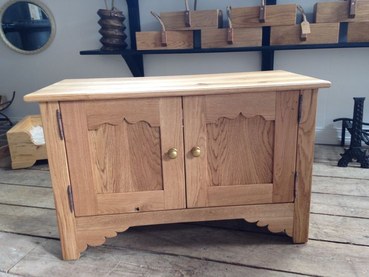 A hand made solid Oak TV cupboard made by Terry Lynch of Andover