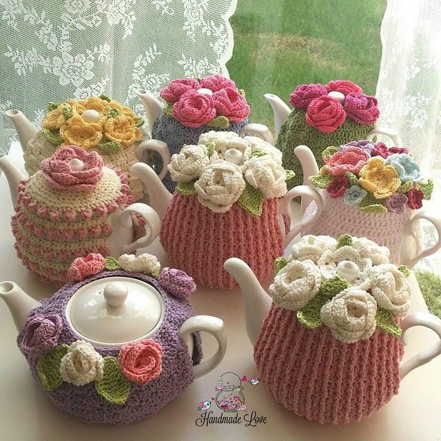 tea cozy Wish I had a dozen teapots, to create a whole garden!