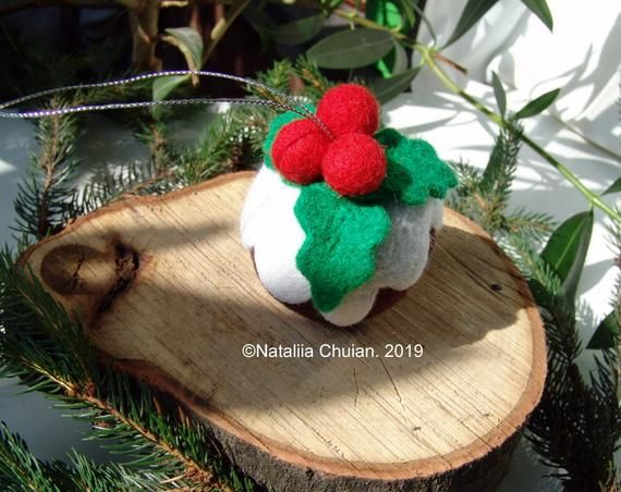 Needle Felted Christmas Puddings With Holly On Top Needle Image 4 Needle Felted Christmas Felt Christmas Traditional Christmas Ornaments