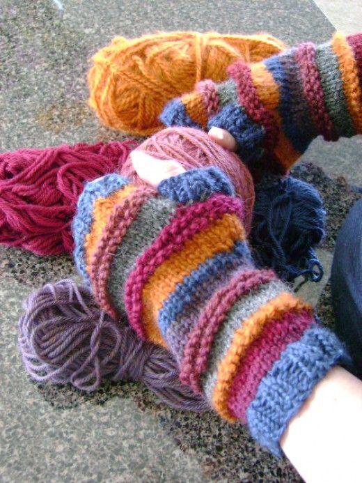 Free Knitting Pattern for Stash-o-motastic Fingerless Mitts or Gloves