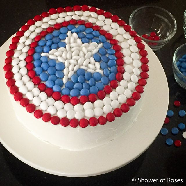 Shower of Roses: Captain America's Shield :: An Avenger Themed Birthday Cake {Dye-Free}