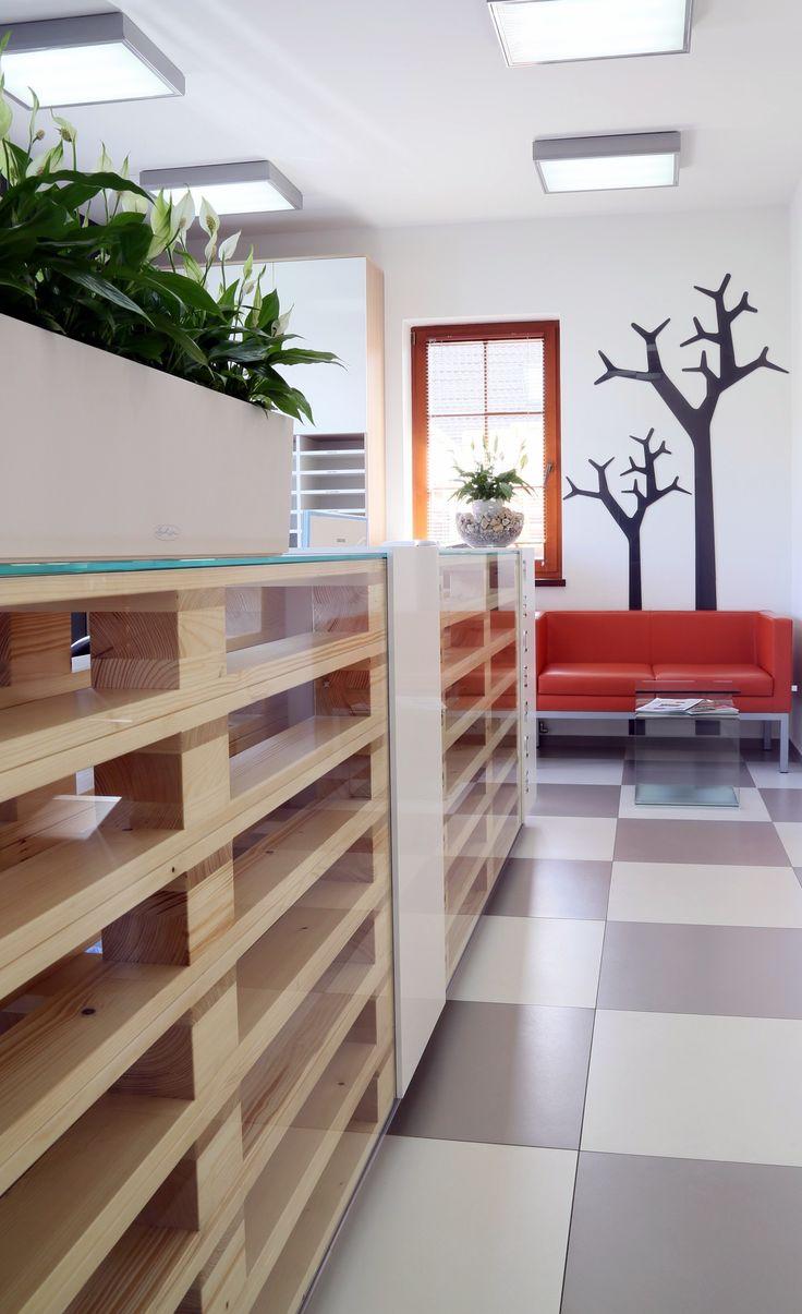 Dřevěné palety jsou jeden z hlavních prvků interiéru.