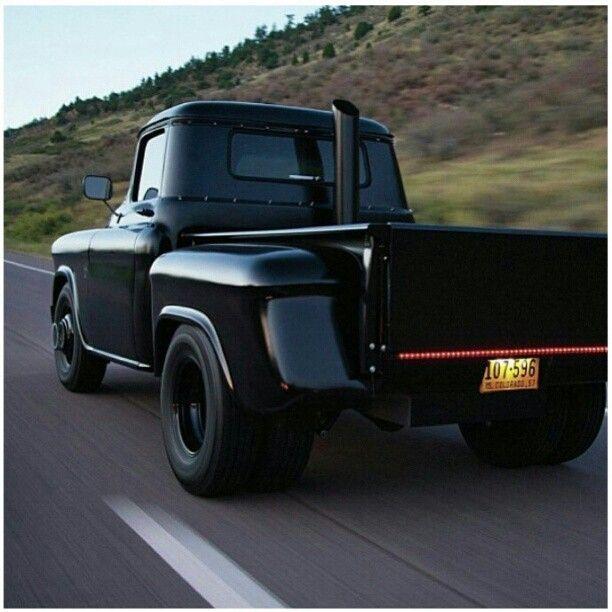 www.DieselTruckGallery.com Duramax Diesel Old School Truck