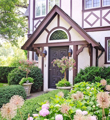17 Small Front Yard Landscaping Ideas To Define Your Curb: 17 Best Images About Tudor Garden Style On Pinterest