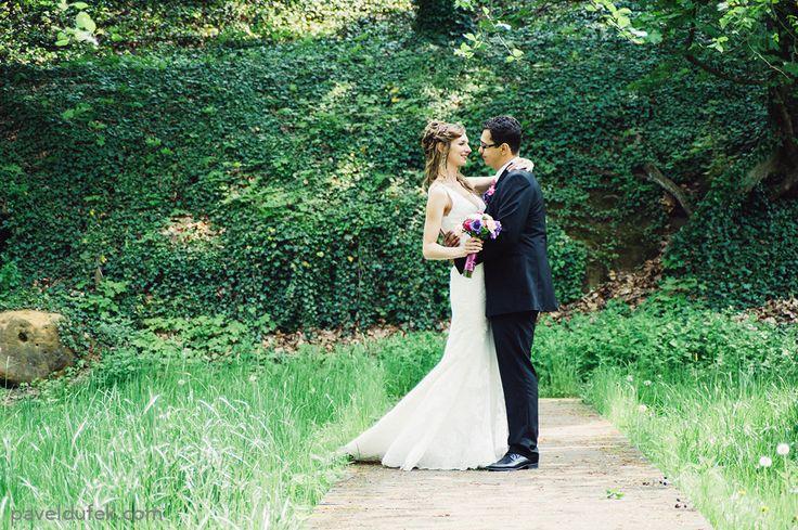 Documentary wedding photo Doc-Style wedding photographer prague svatebni fotograf praha fotógrafo de bodas en Praga свадебный фотограф в Праге  www.paveldufek.com www.paveldufek.cz  #czech #austria #italy #italia #cesko #wedding