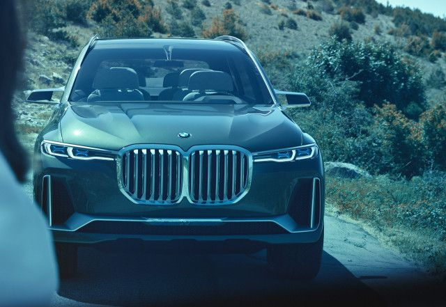BMW X7 to spawn ultra-posh coupe-like X8?    BMW showed the X7 iPerformance concept at this year Frankfurt motor show, previewing the brand's all-new three-row X7 SUV. However, the concept could birth a second derivative in the form of an ultra-   https://www.motorauthority.com/news/1113833_bmw-x7-to-spawn-ultra-posh-coupe-like-x8