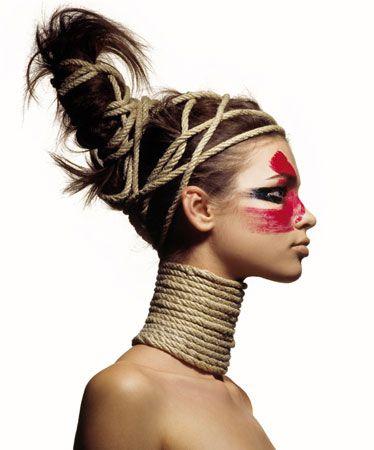 3 BOSQUE: Maquillaje rojo