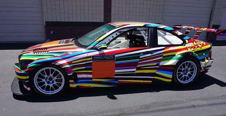 Реплику BMW M3 GT2 Art Car оценили в 60 000 долларов http://uincar.ru/news/events/28879-repliku-bmw-m3-gt2-art-car-ocenili-v-60-000-dollarov.html  В то время как оригинальный BMW M3 GT2 Art Car, созданный Джеффом Кунсом в 2010 году, стоит неподъемных денег, эта реплика, выставленная электронный аукцион eBay, предлагается за «вполне разумные» $ 59 900 (3 741 645 рублей). Это третий из четырех гоночных ALMS GTR M3, построенный компанией Precision Chassis Works из Гилберта, штат Аризона. Помимо…