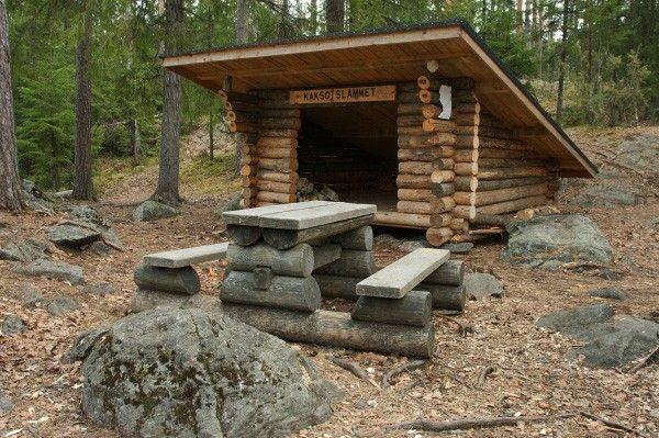 Laavu in Finland. Lean-to (11511). log lean-to, log table, hyvinkää, kaksoislammet, kaksoslammit, Kytäjä, benches, bench, camping, outdoor recreation, Usmi