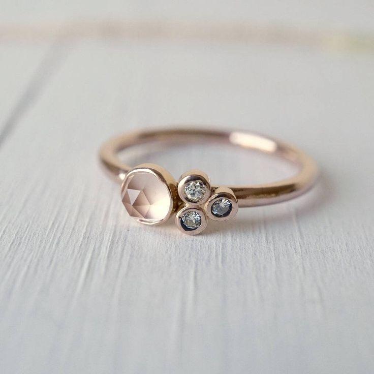 Anillo de racimo de cuarzo rosa, 14k anillo de oro, anillo de compromiso, anillo de piedras preciosas, anillo de diamantes, anillo de boda, regalo para ella, regalos de novia de AdelinesDesign en Etsy https://www.etsy.com/es/listing/529120813/anillo-de-racimo-de-cuarzo-rosa-14k