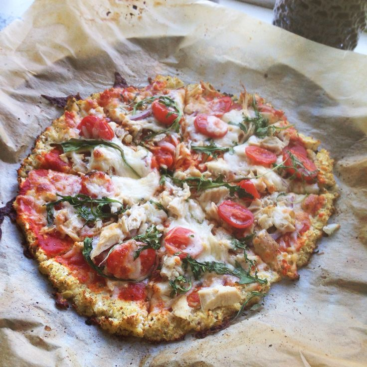 Coliflower Pizza Crust #homemade #pizza #coliflower