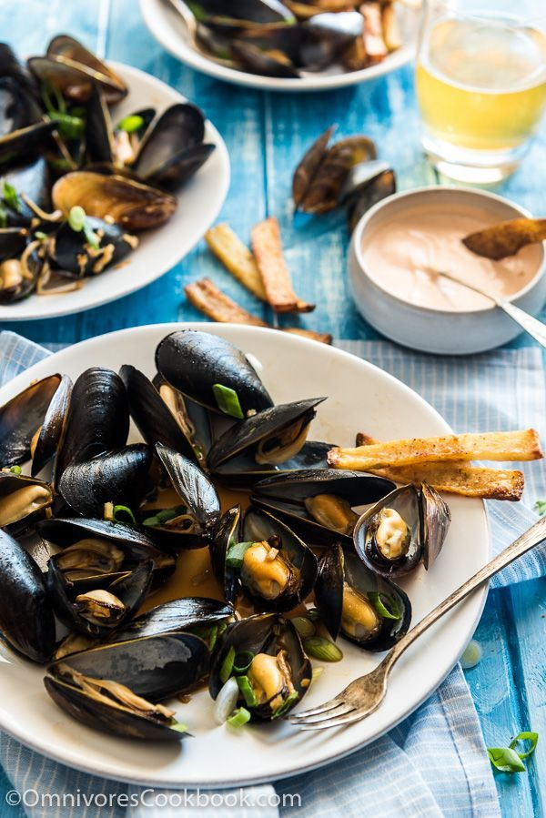 Steamed Mussels with Ginger Oyster Sauce - Perfect for a romantic dinner, a small party, or a cozy brunch.