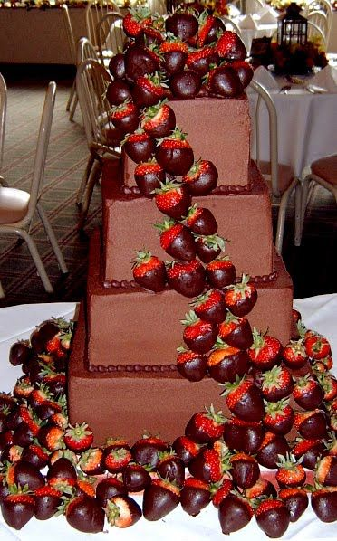 chocolate strawberry wedding cake best 20 wedding cakes pictures ideas on 12745