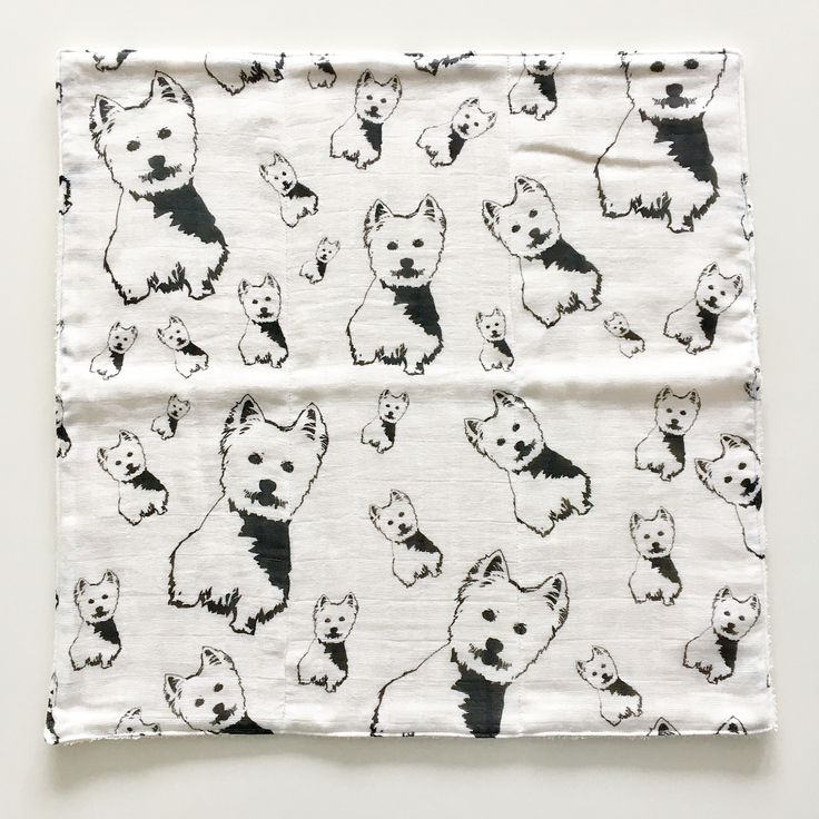 Our 100% organic baby burp cloths are ready to be used and will be in our Etsy shop next week. They are made of organic muslin on one side and organic terry cloth on the other, they have great absorption. We'll have #Westie, #Pitbull #Boxer #Bulldog and #Vizsla prints for now and will be adding more doggie prints in the future.   #monofaces