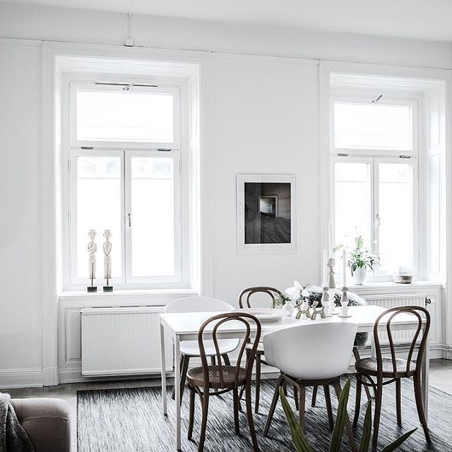 ★ Krukmakargatan 2 Här ser vi mer av skönheten! Ansvarig Mäklare: Åsa Von Zweigbergk ———————————————————————— #interior #interiordesign #nordiskahem #södermalm #home #realeatate #livingroom #scandinavianhome #interiordecor #interiØr #bedroom #photooftheday #interior4all #interiors #interior123 #design #room #roomforinspo #instahome #skandinaviskehjem #m #interiorforyou #interiordetails #instagood #retro #vintage #homedecore #homesweethome #instaday