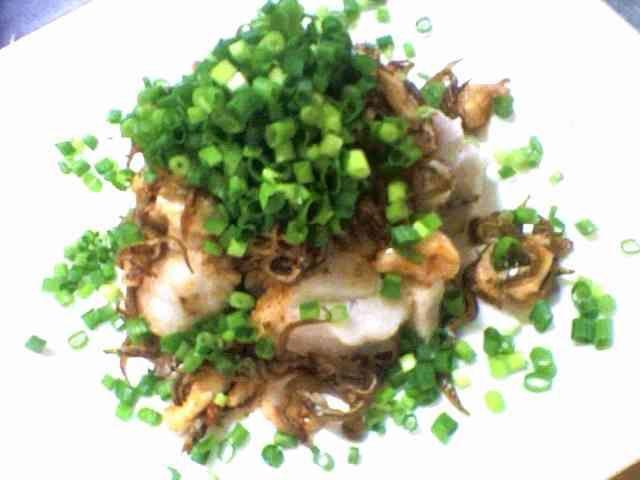 やみつき!里芋のじゃこバター温サラダの画像