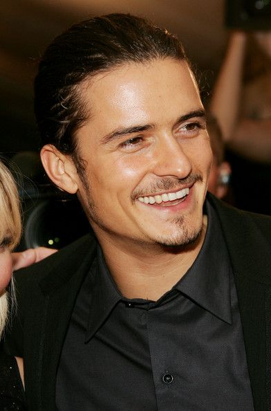 Just recently realized how hot Orlando Bloom is, although I prefer him with short hair