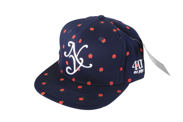 40 OZ NYC Apples BL/AS Snapback