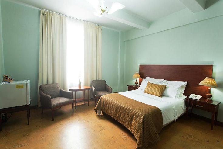 Hotel Nutibara / Cl 52A Nro 50-46, La Candelaria, 050021 Medellín, Colombia