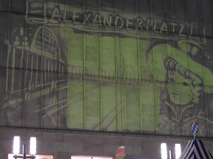 2016 Berlin leuchtet am Alexander Platz