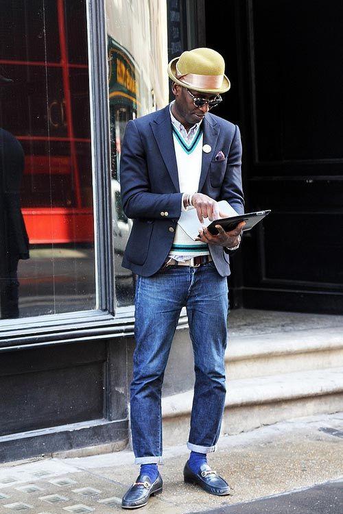 2015-01-07のファッションスナップ。着用アイテム・キーワードはサングラス, ジャケット, ストライプシャツ, デニム, ニット・セーター, ハット, ビットモカシン, ブレザー, ポケットチーフ, モカシン,etc. 理想の着こなし・コーディネートがきっとここに。| No:82587