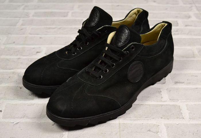 Baldinini - Sneakers schoenen  Geavanceerde aangeboden u vandaag:Baldinini Suede Leder Sneakers Shoes. Gemaakt van hoge kwaliteit zacht leer.#Size - 45/30 cm lengte van de binnenzool#Condition - Gebruikt maar in zeer goede staat als nieuw#Material: Outside en binnenzool - zacht leer#all Pakketten worden geregistreerd en verzekerd. Veilig verpakt om ervoor te zorgen dat er niets gebeurt om uw nieuwe schat :) De verzendkosten blijven hetzelfde ongeacht hoeveel wat je koopt!#alles de foto's…
