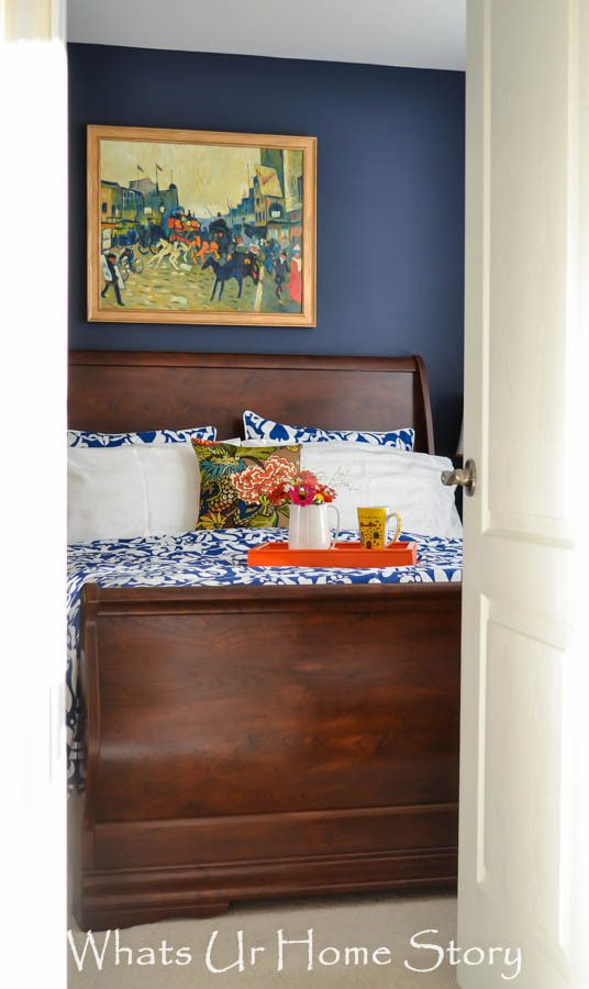 navy and coral bedroom - love this color combo. Pretty but not too feminine. Hopefully I can get the fiance on board!