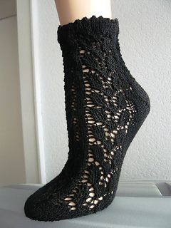 Blatt-Socken by Astrid Schramm (german) - free