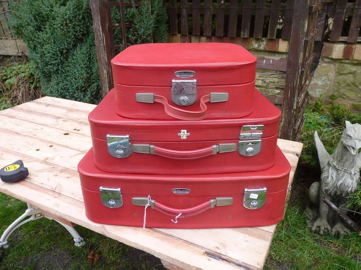 Set Of 3 Vintage 1960s Red Travel Cases By Revelation