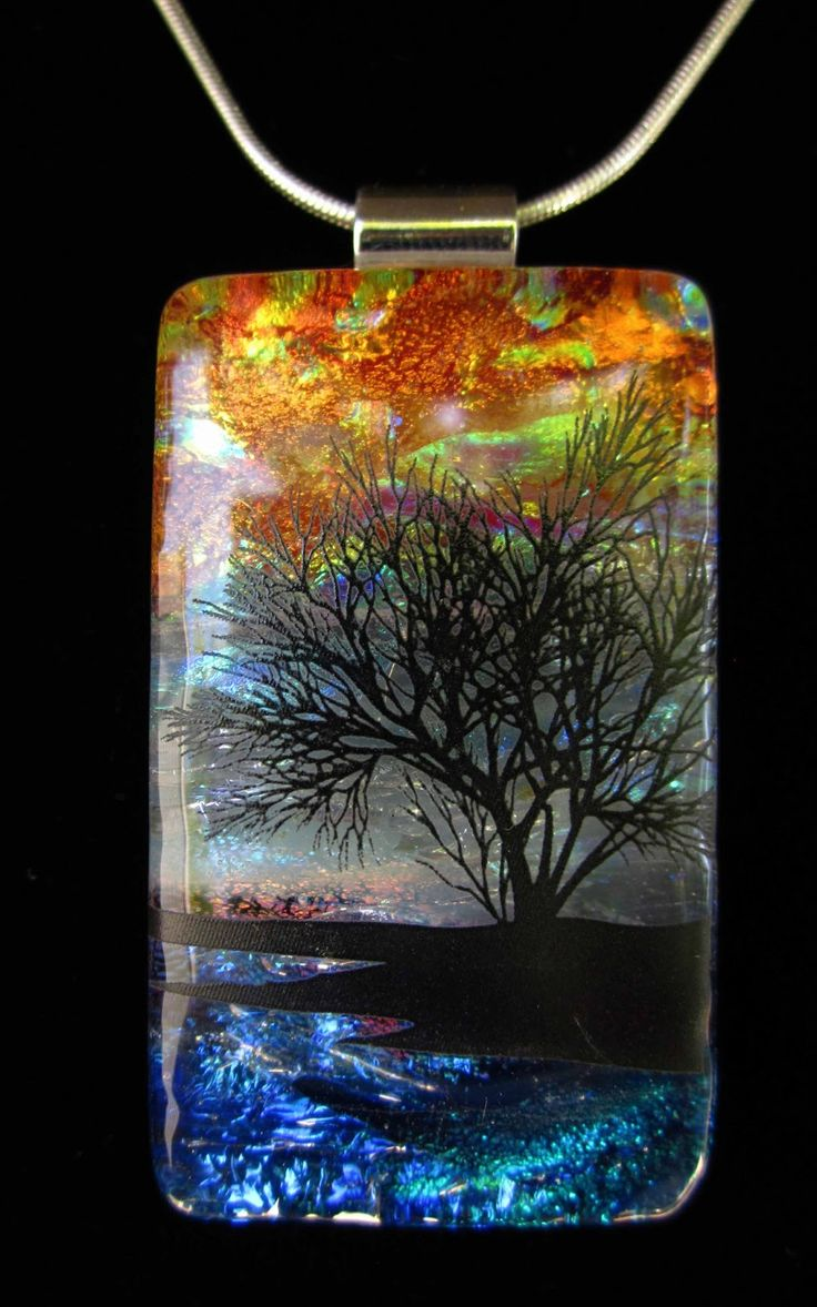 love the details in the tree- by, Laurie Ruck