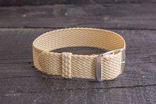 Fügen Sie zu Ihrem Warenkorb hinzu, wenn Sie eine dauerhafte Perlon-Armband haben wollen!  Länge: 27cm  Die Länge ist einstellbar, indem Sie die Schnalle über den Gurt bewegen.