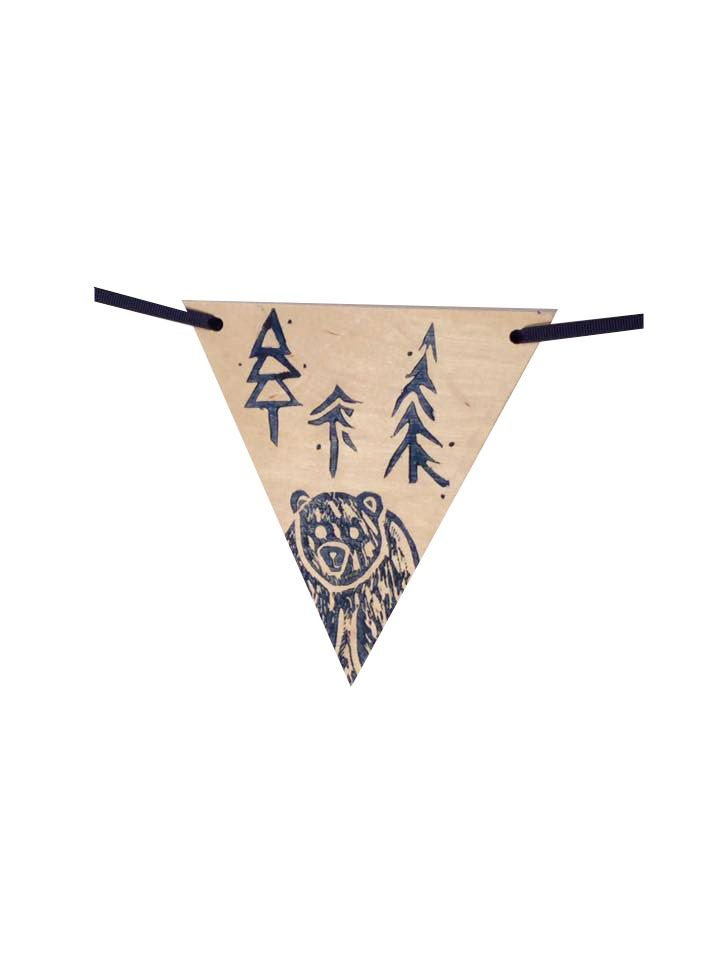 - Banner of 7 decorative wooden pennants to hang inside the house. Whether in the children's room or in the playroom, this is the perfect accessory to add joy to the daily life of your little adventurers. ___________________________________________________  - Handmade / minimalist / kids / wooden pennants / little bear / adventure / outdoors / nature / forest / buy local / made with love / magic / kids bedroom decoration / playroom / inspiration / illustration / simple design