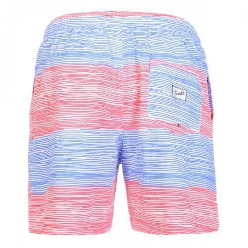 MID-LENGHT SWIM SHORTS WITH STRIPES Polyester mid-lenght Boardshorts with large stripe print. Elastic waistband with adjustable drawstring. Back pocket with Frank's label detailing. Internal net. COMPOSITION: 100% POLYESTER.
