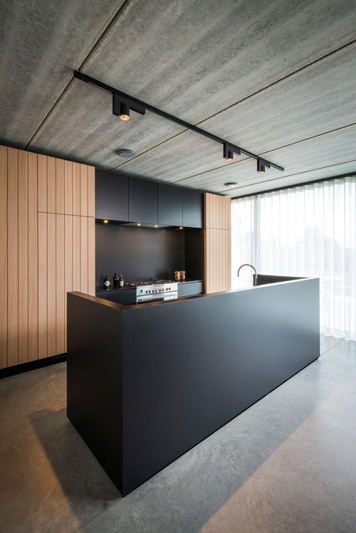 Raf Segers Architect | Woning SB Maaseik Lampen en betonnen plafond