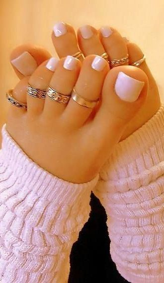 Pale Pink toe nails with rings